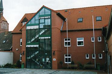 Foto: Eingangsbereich Rathaus Amt Dömitz-Malliß©Amt Dömitz-Malliß